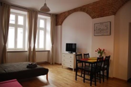 Krzyza 16 Apartments