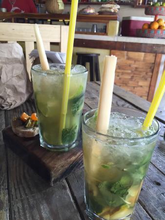 Brochettas yum picture of batey mojito guarapo bar - Service a mojito ...