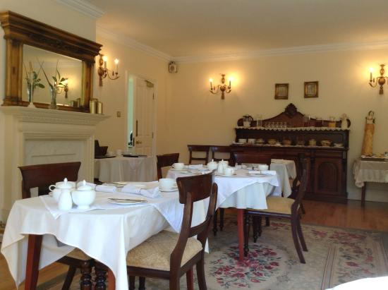 The Lodge: The Breakfast Room