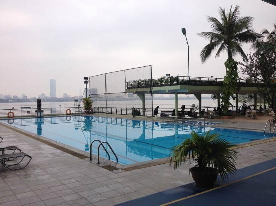 The Hanoi Club Hotel & Lake Palais Residences: Swimmingpool
