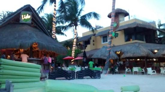 Hotel Colibri Beach Area Del Restaurant Bar En La Playa