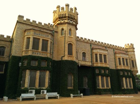 condition of bangalore palace One of the best hotels in bangalore is located near railway station, majestic, ub city & mg road book online & get upto 10% discount with free wi-fi and breakfast.
