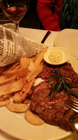 Franke Brasserie, Bar & Lounge: Entrecote vom Lavagrill mit Amazing Fries