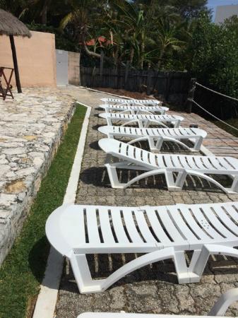 Grand Royal Lagoon: Beach chair on the lagoon side