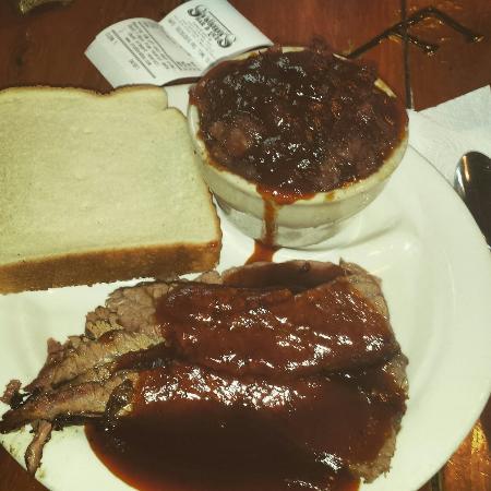 Stubby's BBQ: Sliced Brisket & Pot of Beans