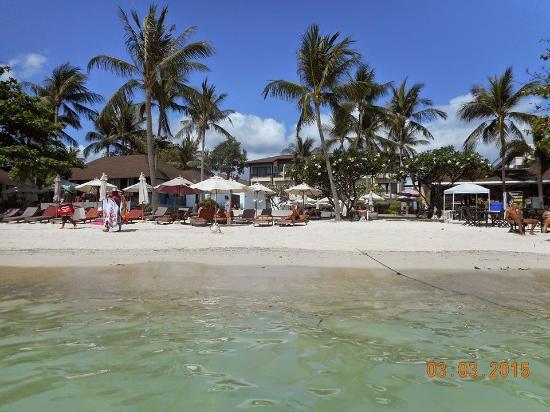 Iyara Beach Hotel & Plaza : Hotellet set fra vandet