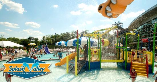 ‪‪Roanoke‬, فيرجينيا: Splash Valley Youth Play Area‬