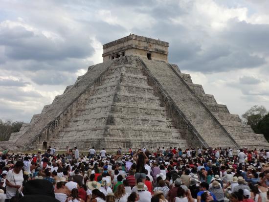 Pueblo Maya : El restaurante esta a 15 minutos del sitio arqueológico de Chichen Itza.