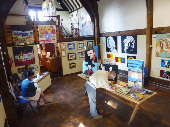 Bear Steps Art Gallery