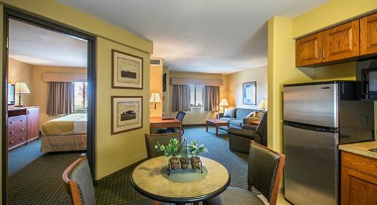 AmericInn Lodge & Suites Peoria: Extended Stay Suite