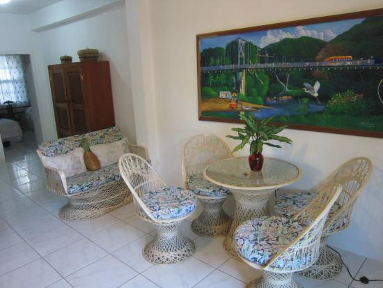 Coconut Row Guest House: Dining area in Casa Blanca