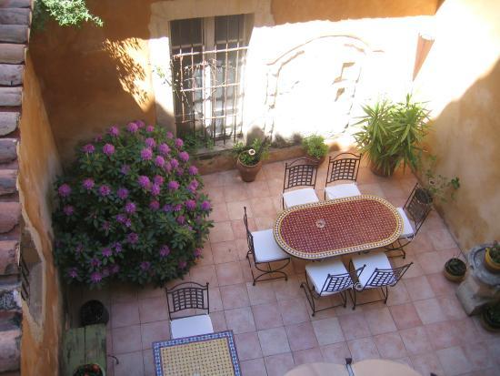 Hotel Du Musee: patio