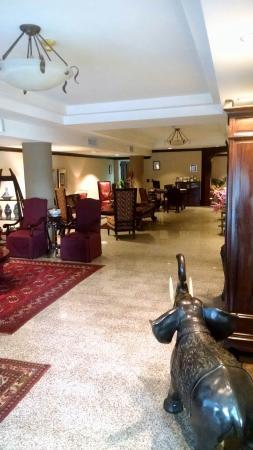 Hotel DeVille: Lobby