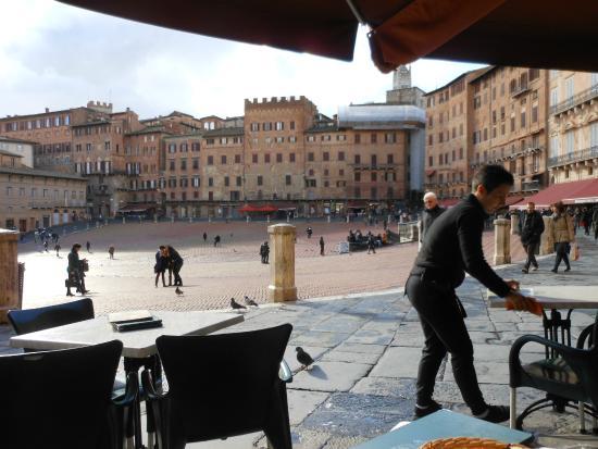 Main square foto de prov ncia de siena toscana tripadvisor - Adler bagno vignoni day spa ...