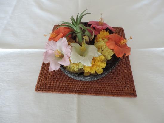 Fresh flower decoration - Picture of Prabhakar Homestay