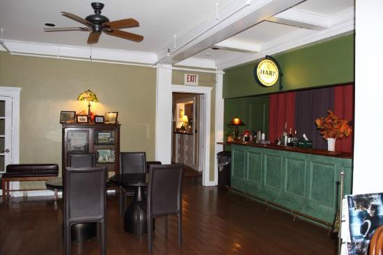 Wake Robin Inn : Dining area