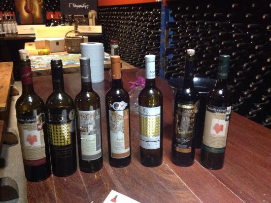 Οινοποιητική Μονεμβασιάς: A selection of the wines