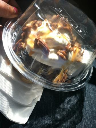 Wadesboro, Северная Каролина: YUM! Molten cake - turtle