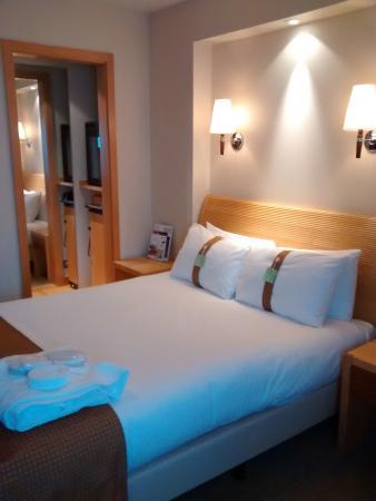 Holiday Inn Basingstoke: Executive Bedroom