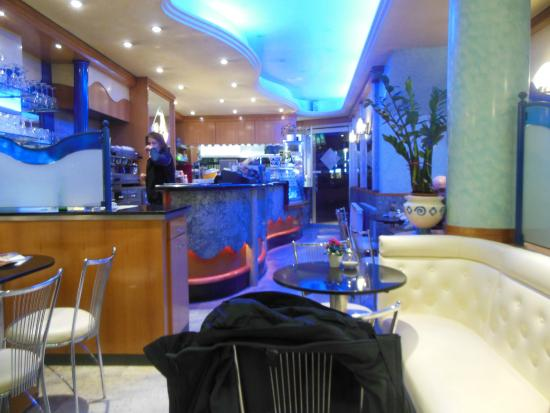 eis cafe sirena n rnberg restaurant bewertungen telefonnummer fotos tripadvisor. Black Bedroom Furniture Sets. Home Design Ideas