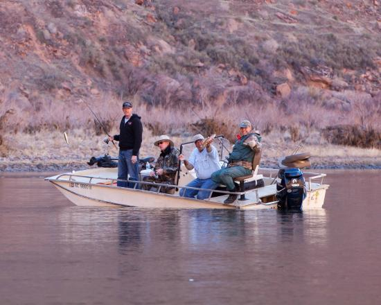 Marble Canyon, AZ: Comfortable and safe fishing platform.