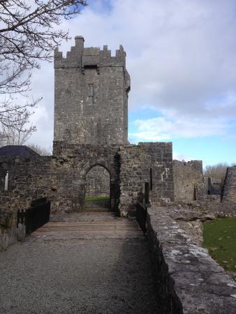 Aughnanure Castle: Castle Tower