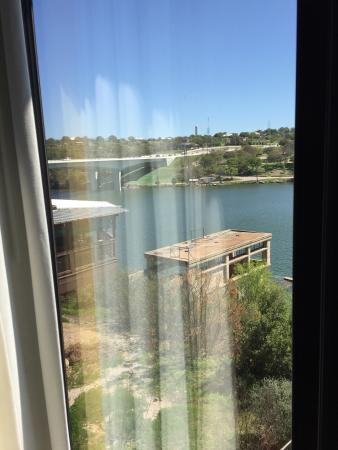 Hampton Inn Marble Falls-On The Lake: Room view looking back on the highway.