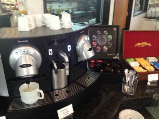 Mercure Salvador Pituba: Café Nespresso!