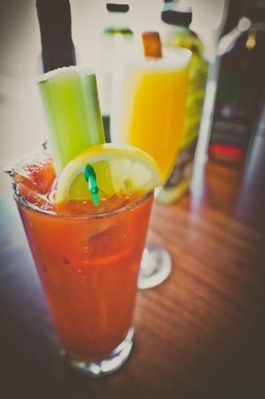 Maggie McFly's: Brunch Drinks!