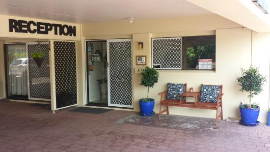 Gold Coast Airport Motel : Our reception is ready to welcome you