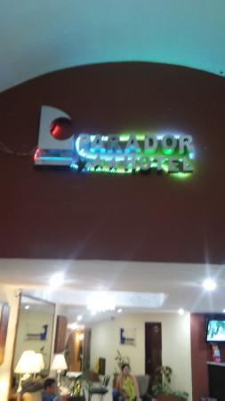 Hotel Parador: front of lobby