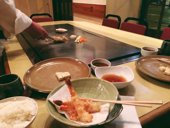 Jun Nice : Sakura menu, with tempura, rice, beef and tofu :) perfect dinner!