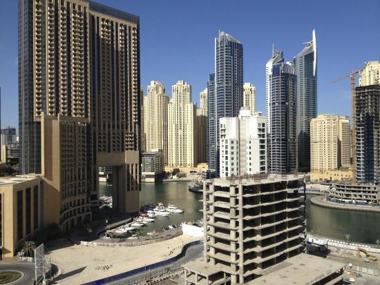 Radisson Blu Residence, Dubai Marina: View from my corner balcony in the daytime