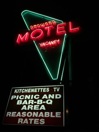 Dogwood Motel main sign.