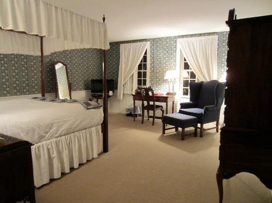 Old Sturbridge Inn & Reeder Family Lodges : Oliver Wight House, Room 5