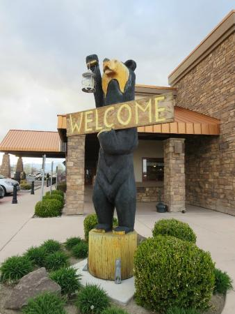 Black Bear Diner: The welcome sign