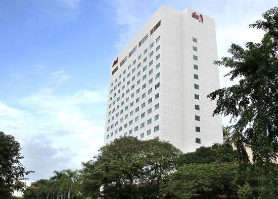 โรงแรมพาโนรามา รีเจนซี่