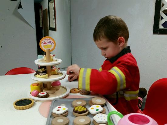 Children's Museum of Eastern Oregon: Even Fire Chiefs attend tea parties!