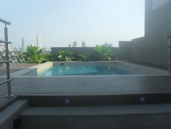 Piscina foto di san lazaro art lifestyle hotel for Piscinas san lazaro oviedo