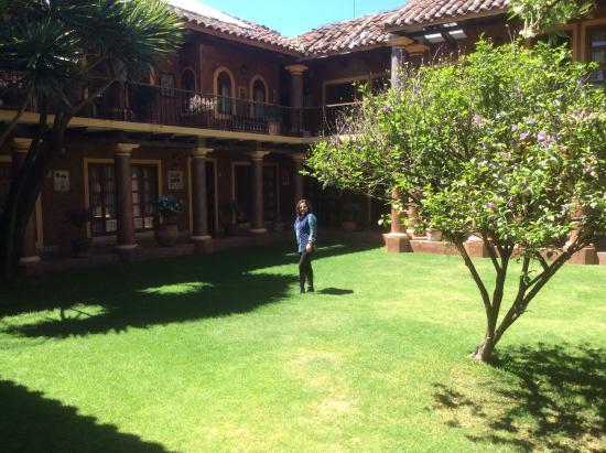 Jardin fotograf a de hotel casa mexicana san crist bal for Casa jardin hotel