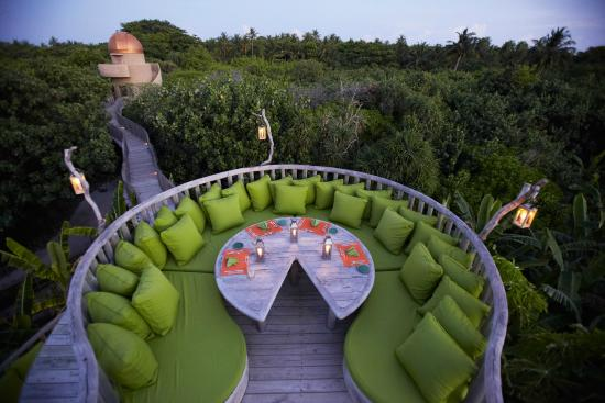 Soneva Fushi Resort: Fresh in the Garden Restaurant and Observatory at Soneva Fushi