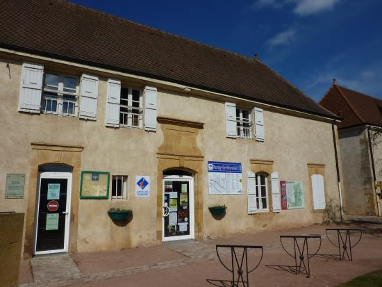 ‪Tourist Office of Paray-le-Monial‬