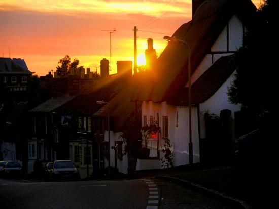 The Old Stables B&B: Sunset over Winslow Hall