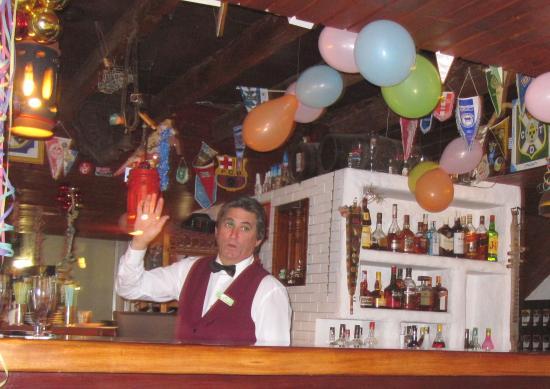 Parque Vacacional Eden : die Bar an Silvester 2014/15