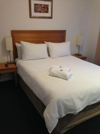 Forte Leeuwin Apartments: Master room with ensuite
