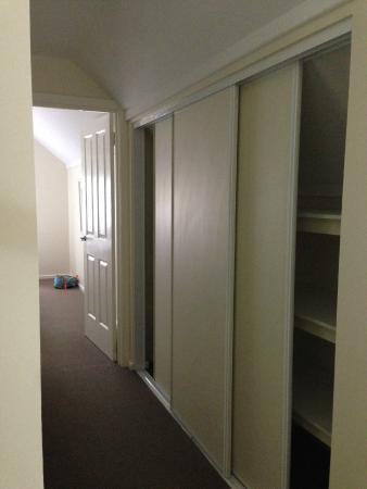 Cape View Beach Resort: Upper floor storage