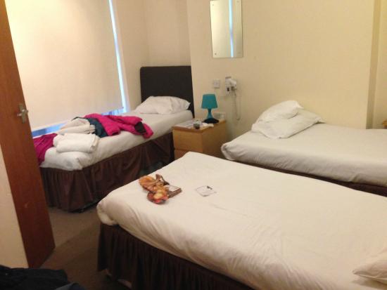 Swinton Hotel: camera a 3 letti