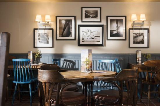 The Hope and Anchor: Dining
