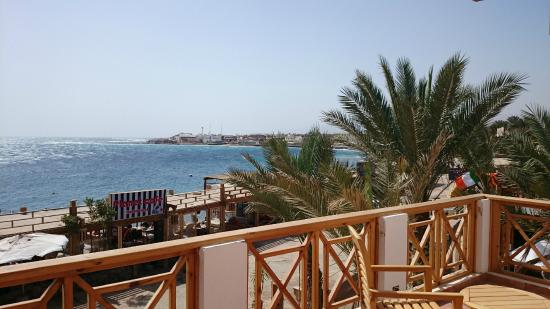 Hotel Planet Oasis: Балкон и вид на Машрабу