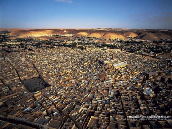 غرداية, الجزائر: La ville de Ghardaia vue d'avion
